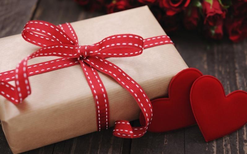 Подарунки для закоханих –знижки до Дня Валентина / фото: pmg.ua