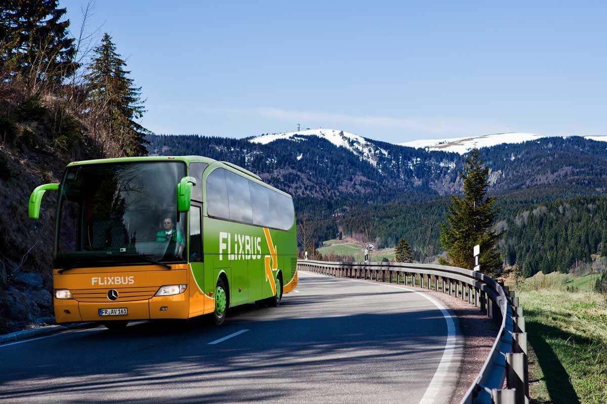 Автобус курсує двічі на тиждень, з квітня частоту рейсів планують збільшити / 34travel.me
