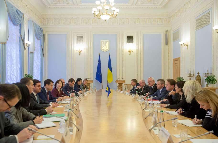Разумков встретился с комиссаром ЕС / пресс-служба парламента