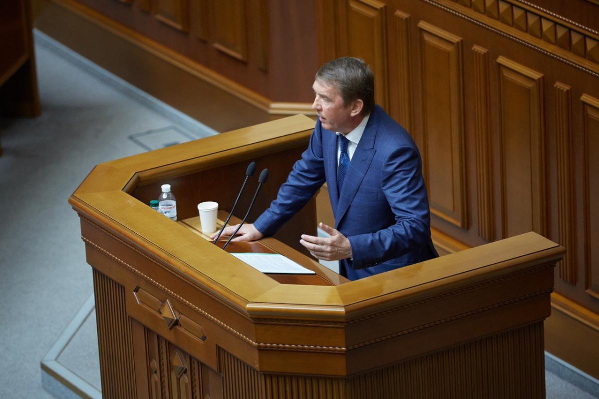 По мнению Олега Кулинича, норма о кэшбеке с большой вероятностью станет средством дополнительного давления на бизнес / фото УНИАН