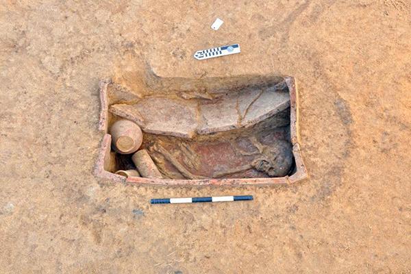 Захоронения относятся к периоду первой половины четвертого тысячелетия до нашей эры / Фото: antiquities.gov.eg
