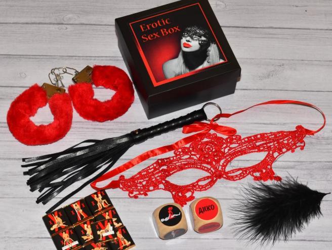 Секс-набор - отличная идея для подарка на 14 февраля