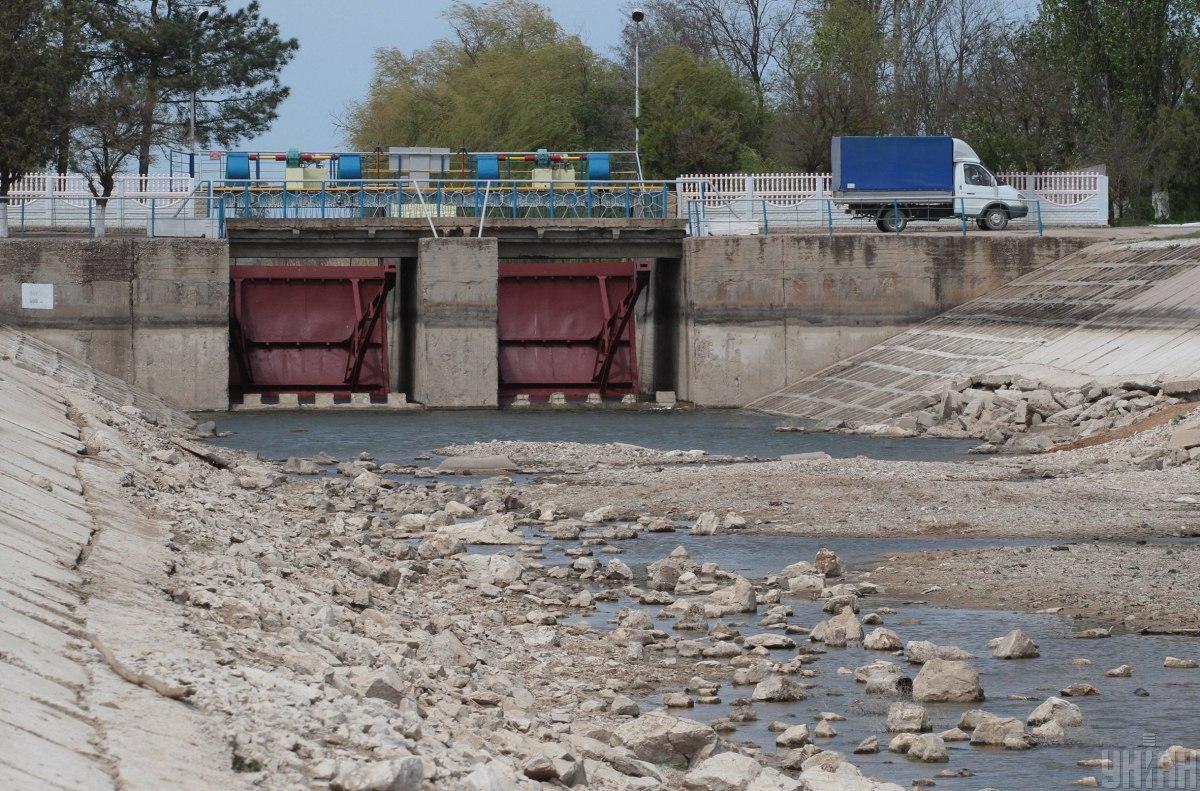 Приводом для вторгнення може стати дамба, що перекриває воду до окупованого Криму / фото УНІАН