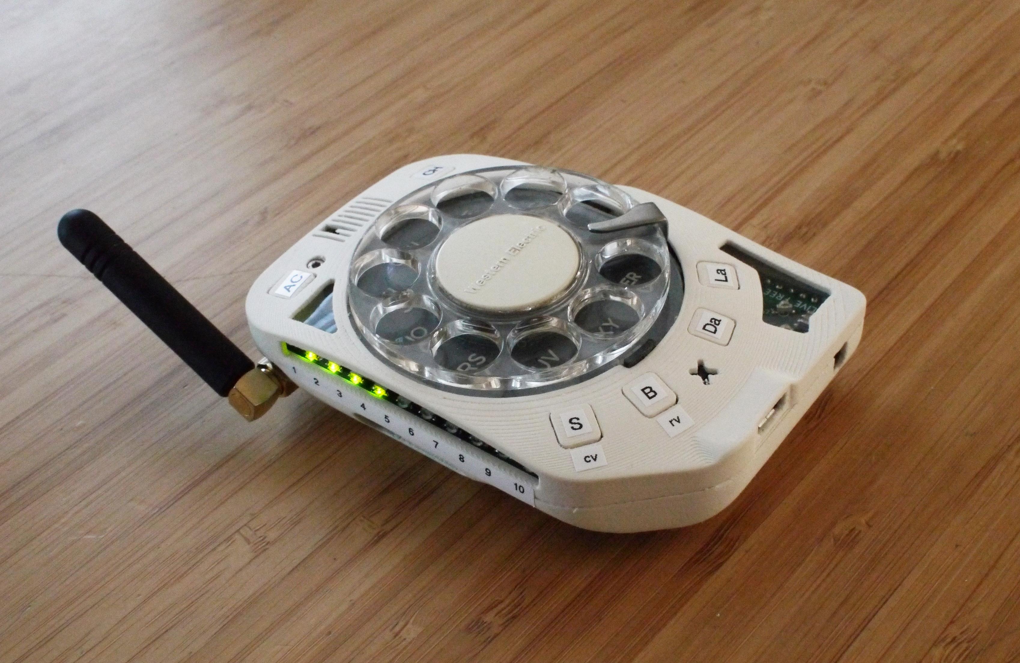 В США создали мобильный дисковый телефон / justine-haupt.com