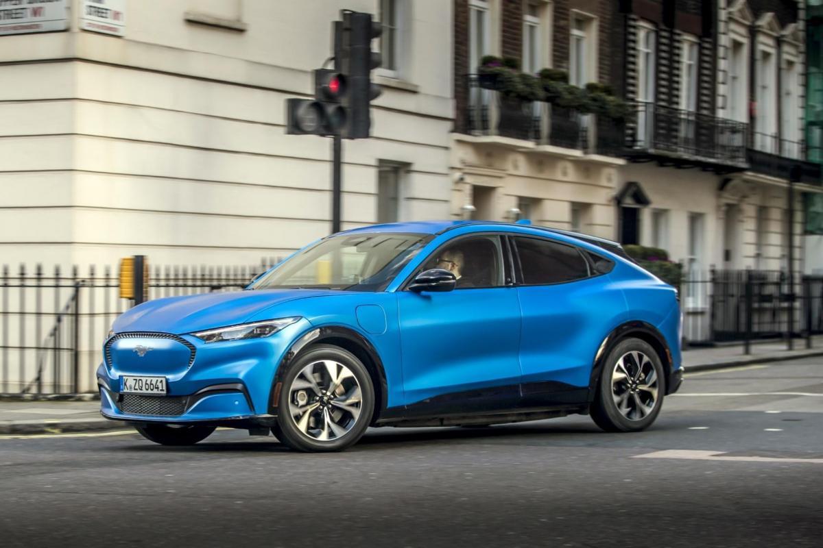 Максимальна швидкість всіх автомобілів обмежена на позначці в 180 кілометрів / фото Ford