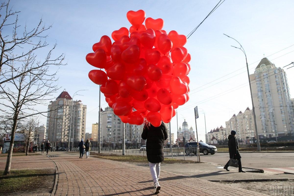 Как празднуют День святого Валентина - традиции Дня влюбленных / фото