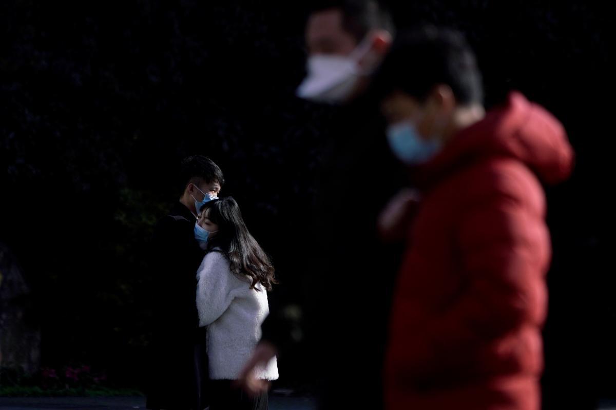 В мире коронавирусом инфицировано более 35 миллионов человек / фото REUTERS
