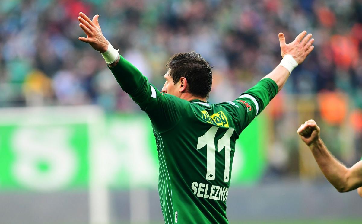 Євген Селезньов забив десятий гол у сезоні / фото: twitter.com/bursasporsk
