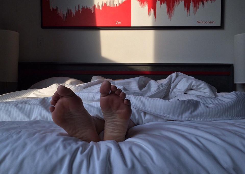 Плохой сон может привести к опасным последствиям / фото pixabay.com
