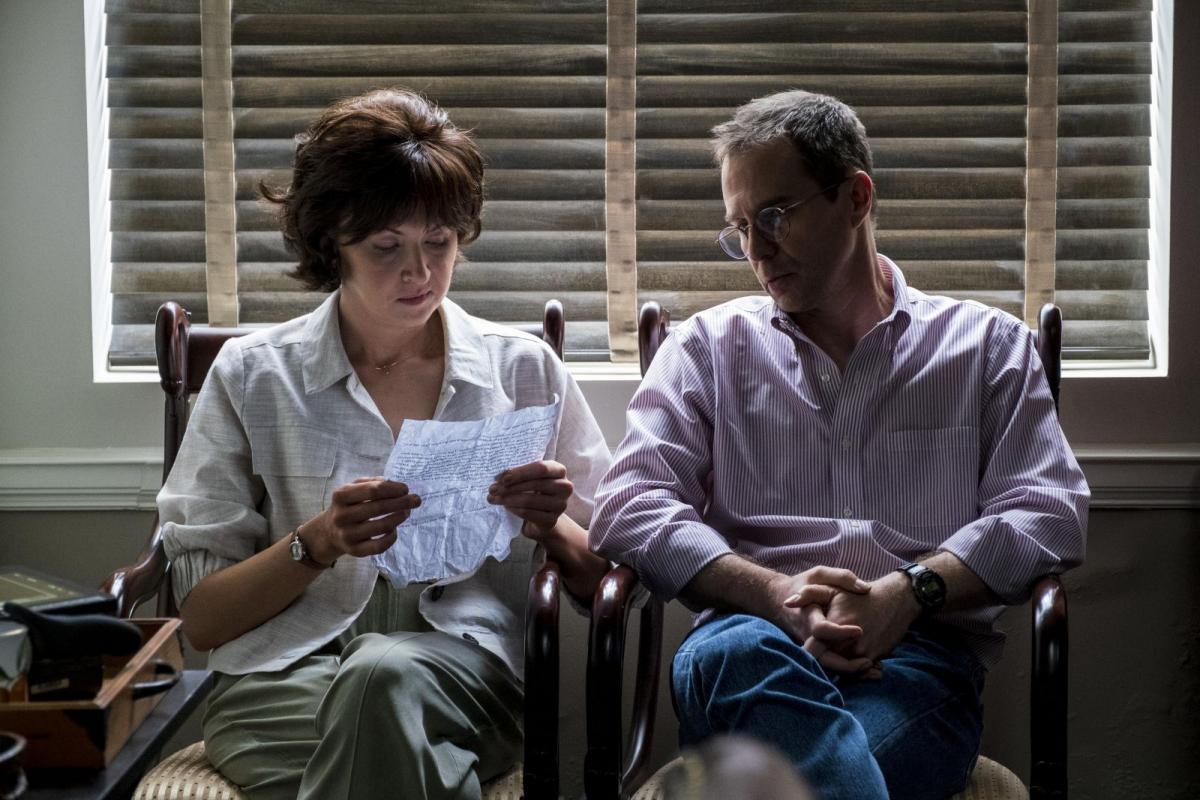 Сэм Рокуэлл сыграл адвоката / кадр из фильма
