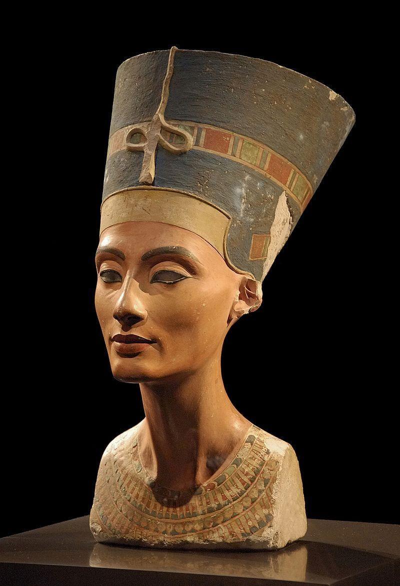 Царица Нефертити была матерью Тутанхамона / Фото: Википедия
