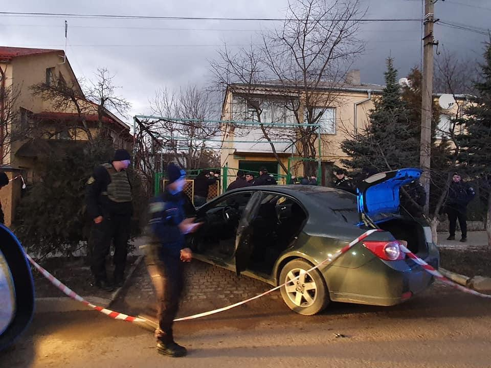 Мужчину бросили в багажник авто / фото facebook.com/igor.zinkevych