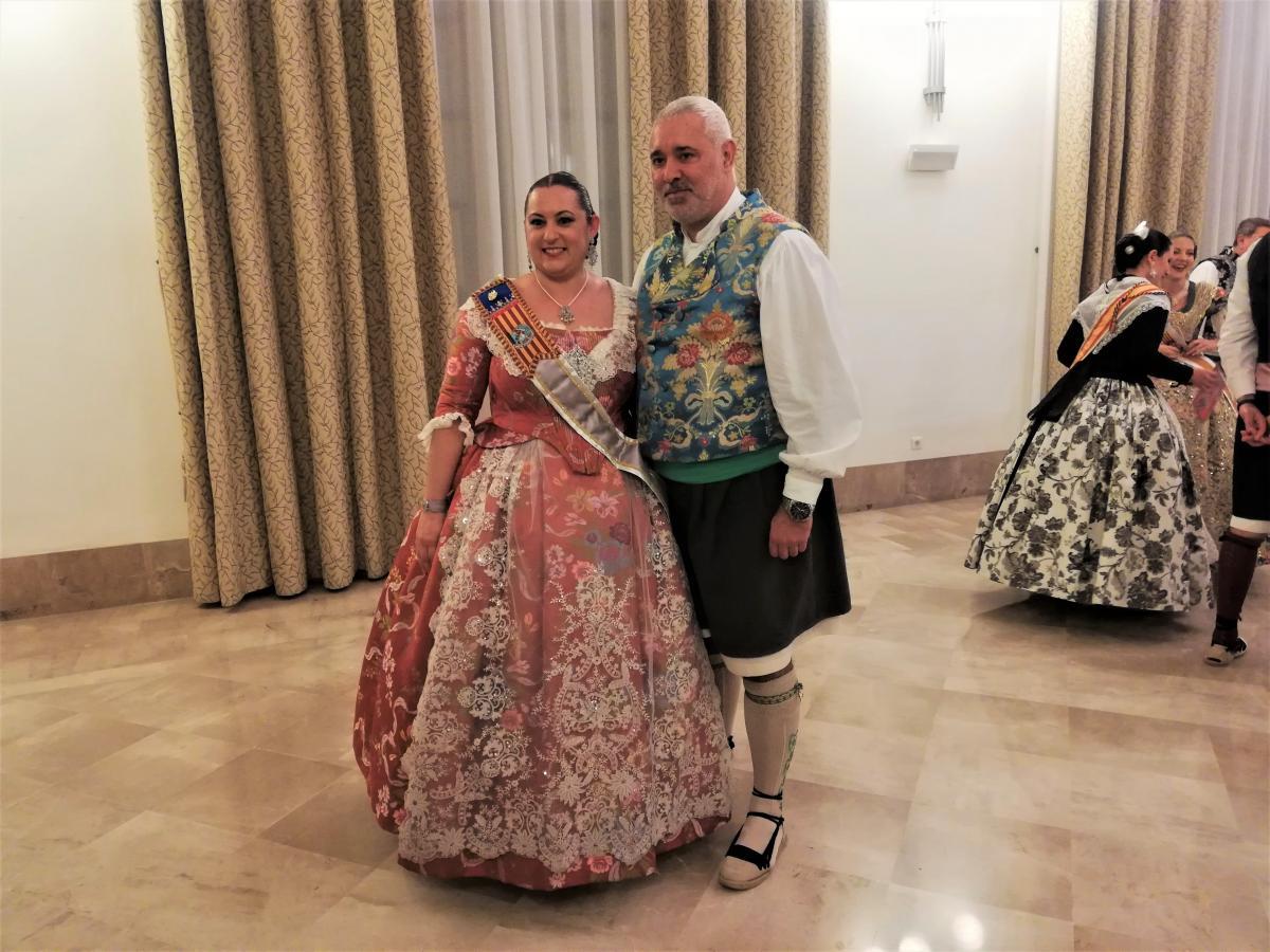 Традиционные наряды на Лас Фальяс - валенсийцы ими очень гордятся / Фото Марина Григоренко