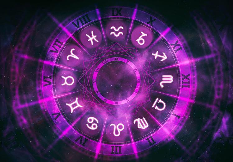 Завтра гороскоп особенно хорош для романтических прогулок / passion.ru