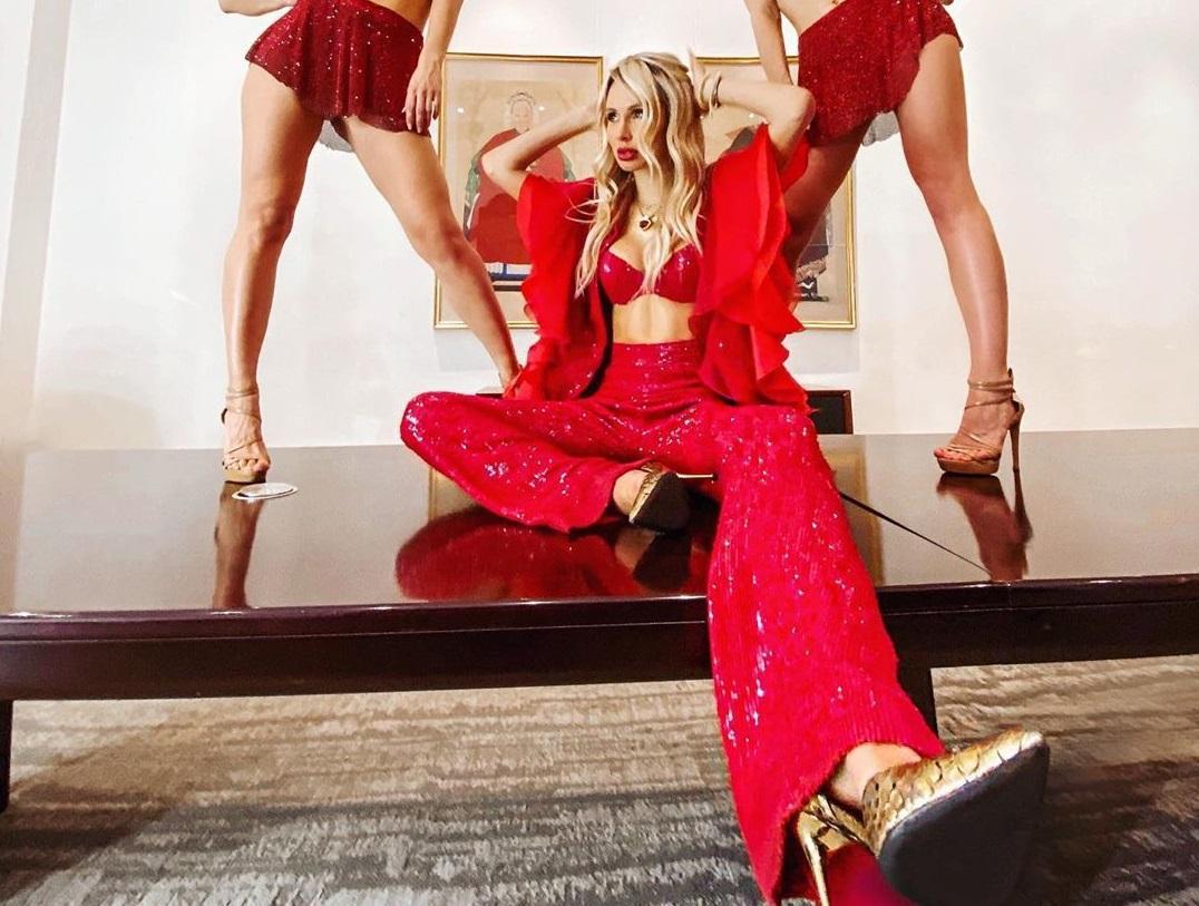 Лобода соблазнила фигурой в краснойсексуальнойодежде / фото: instagram/lobodaofficial