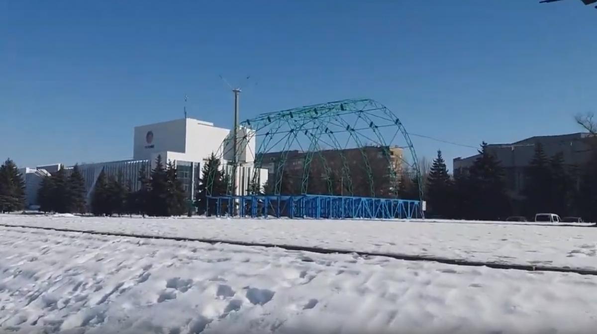 На фотографиях практически нет людей/ фото: Валерий/Донецкие новости