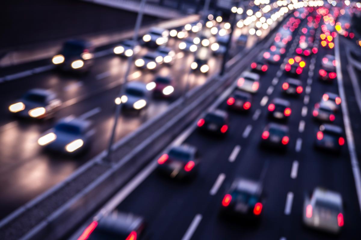 Наступивший год обещает дать стране новое качество автомобильных дорог / фото ua.depositphotos.com