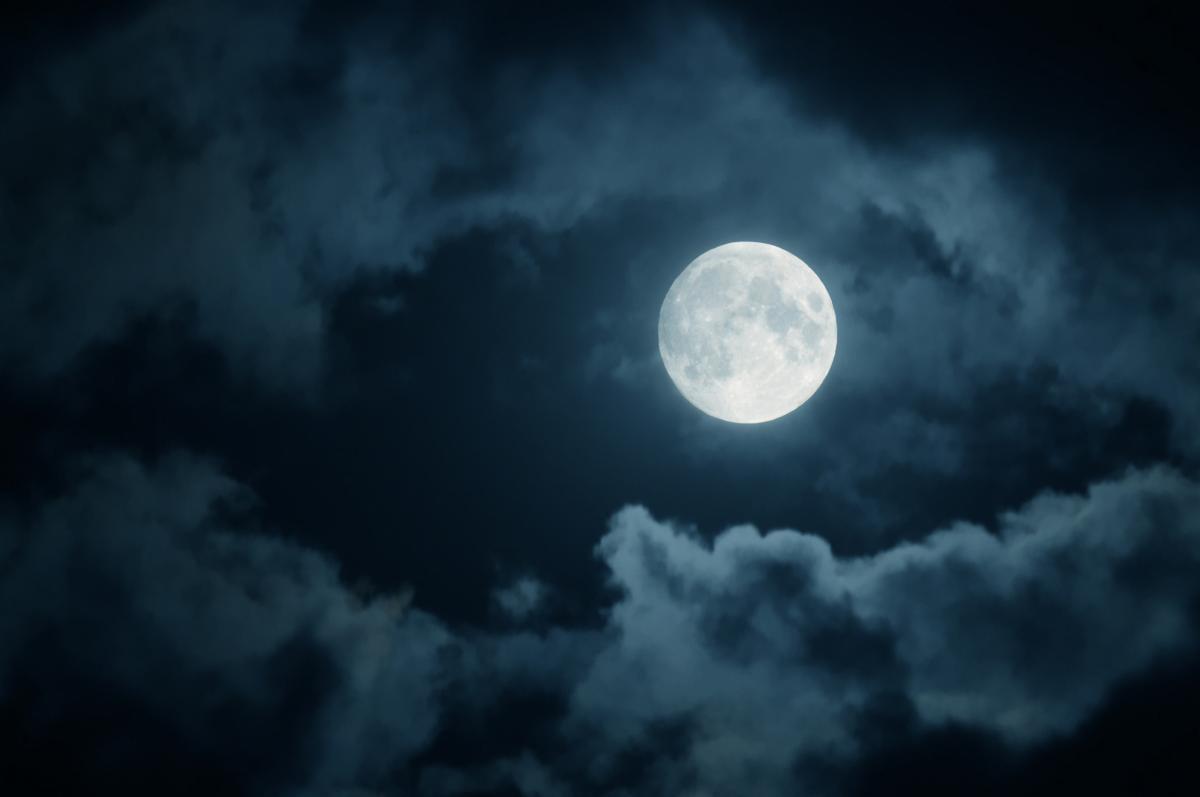 9 марта 2020 года-15-й лунный день/depositphotos.com