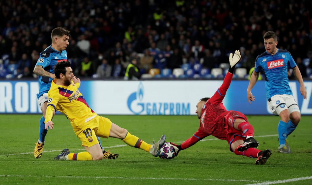 Наполи - Барселона / REUTERS