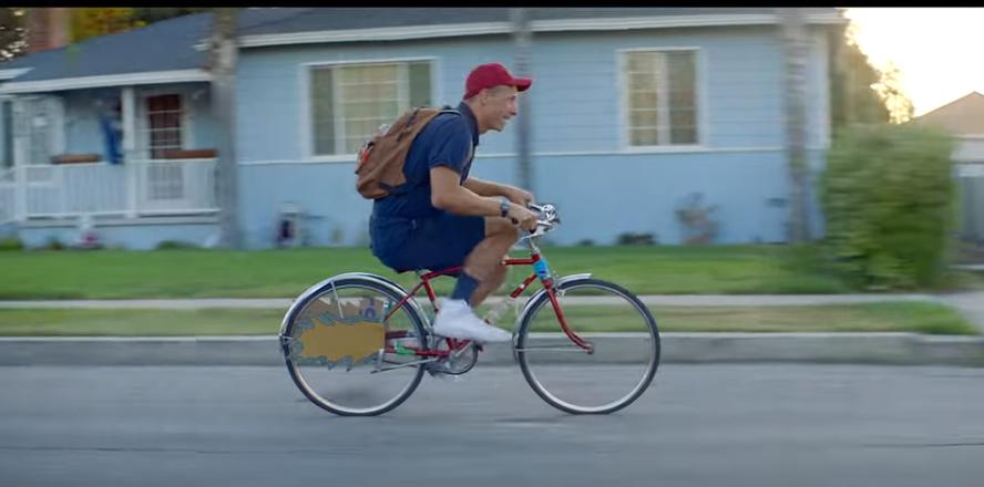 Мартін виступив у ролі школяра \ скріншот з відео
