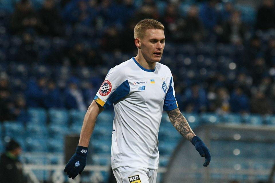 Виталий Буяльский был удален на старте поединка/ фото: ФК Динамо Киев