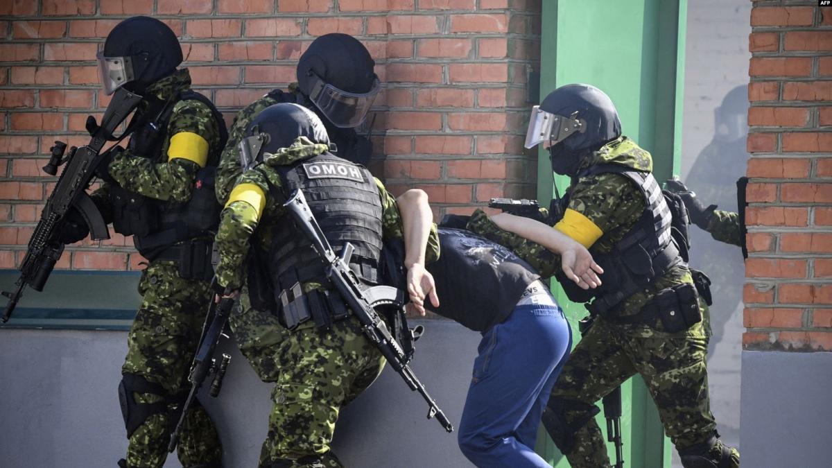 Затримали не менше 9 осіб / kavkazr.com