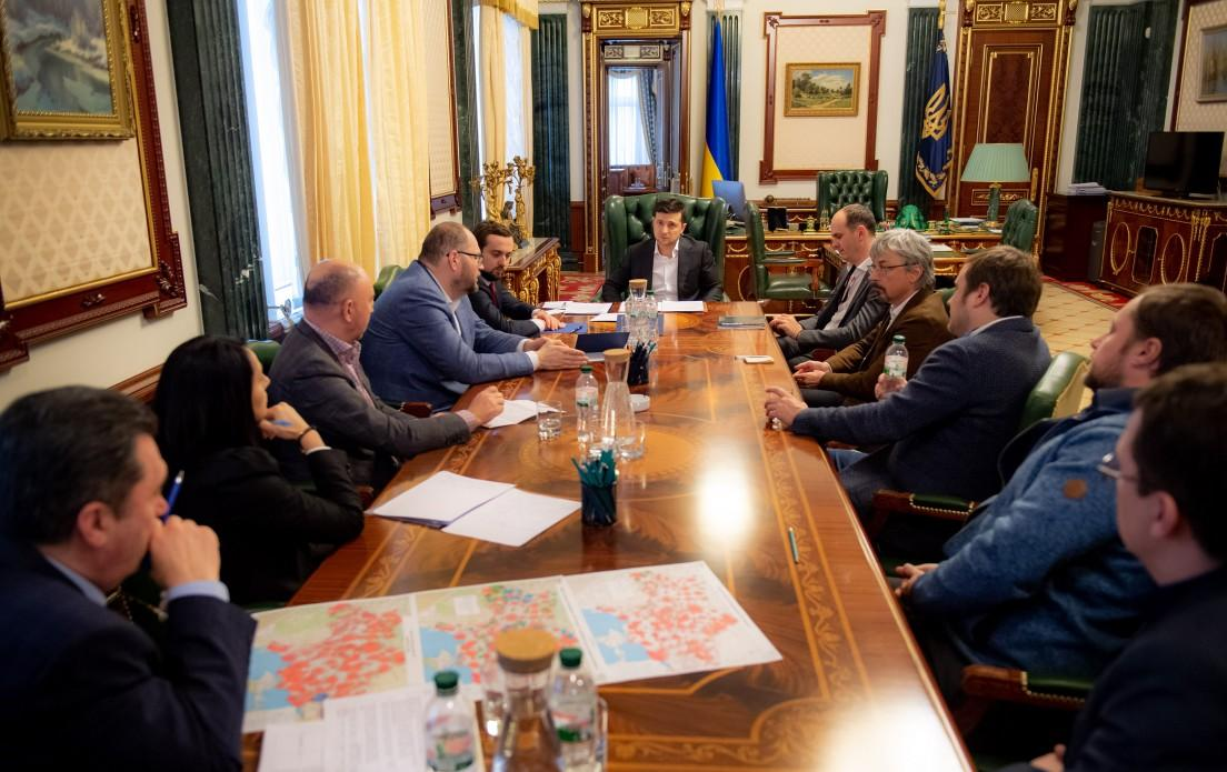 Zelensky meets with top managers of Ukraine's media groups / Photo from president.gov.ua