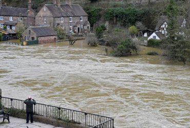 Англія постраждала від повеней