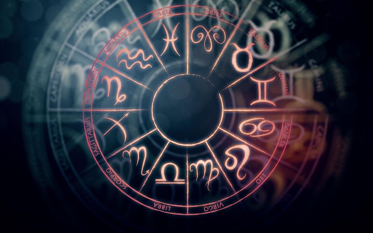 Астрологи говорят, что апрель- отличное время для самопознания / kadinim.com