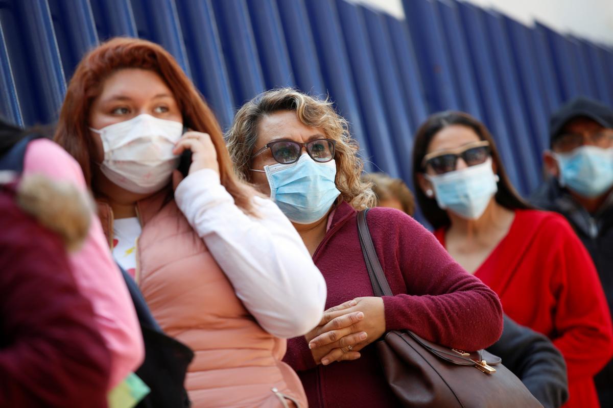 Новый штамм коронавируса может быть заразнее, чем COVID-19 \ REUTERS