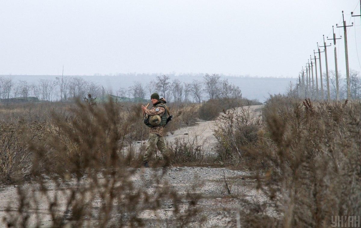 Оккупанты обстреливали защитников Водяного \ фото УНИАН