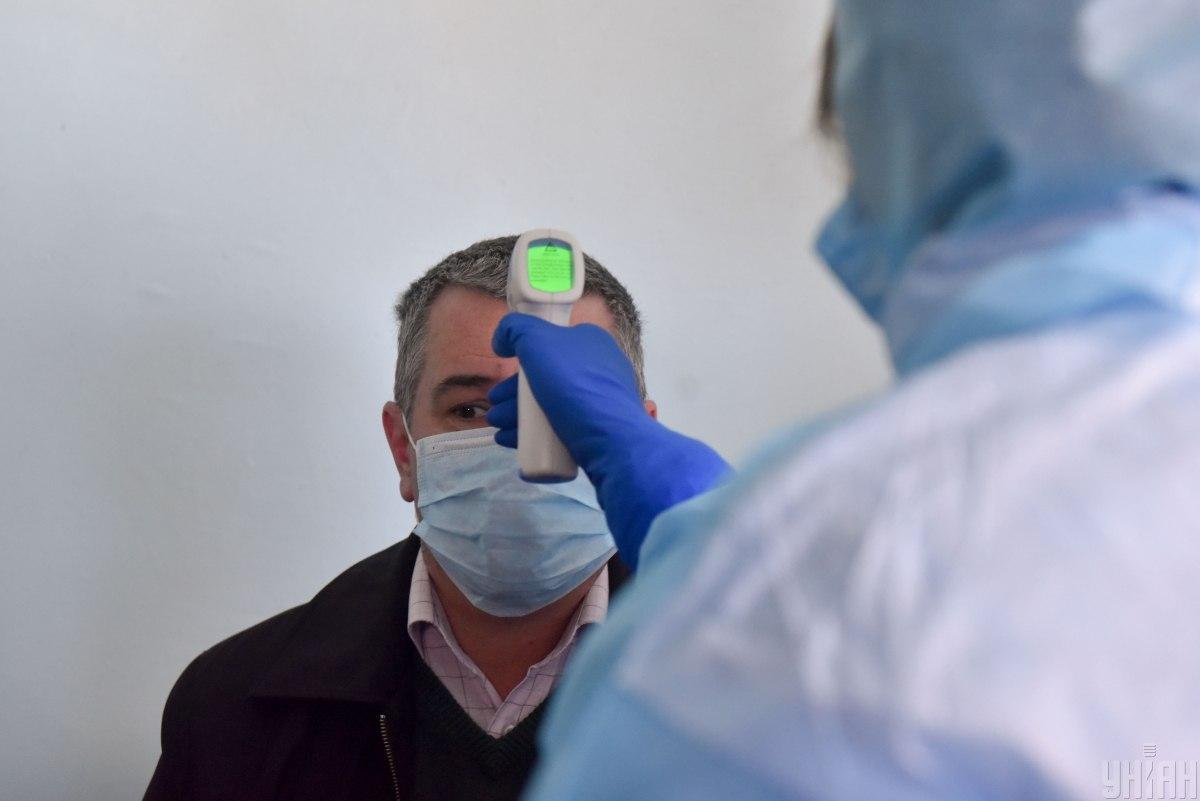 В Україні війна ускладнює боротьбу з коронавірусом/ фото УНІАН