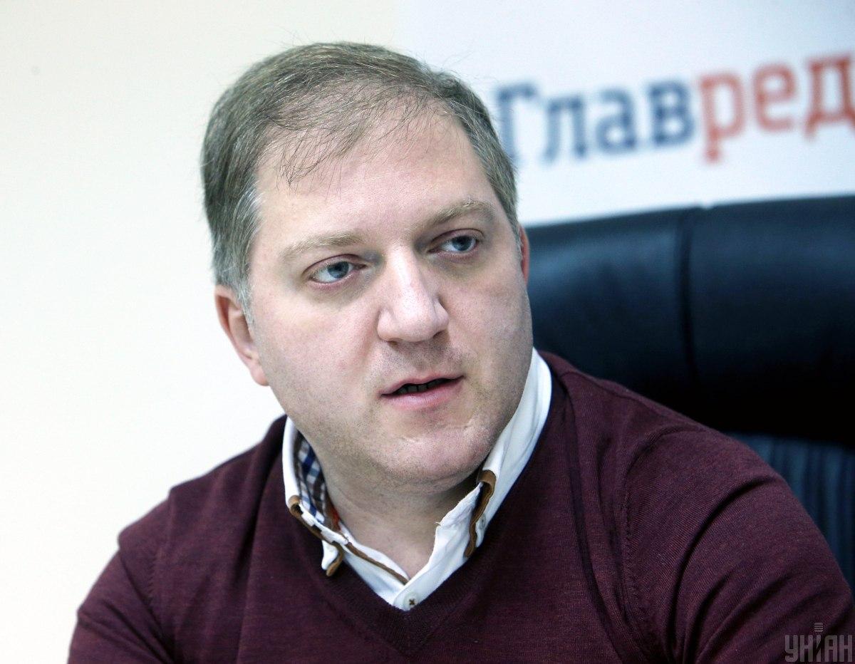 Сегодня Волошин с трибуны Волошин заявил, что Украина не имеет суверенитета, а зависит от других государств / УНИАН