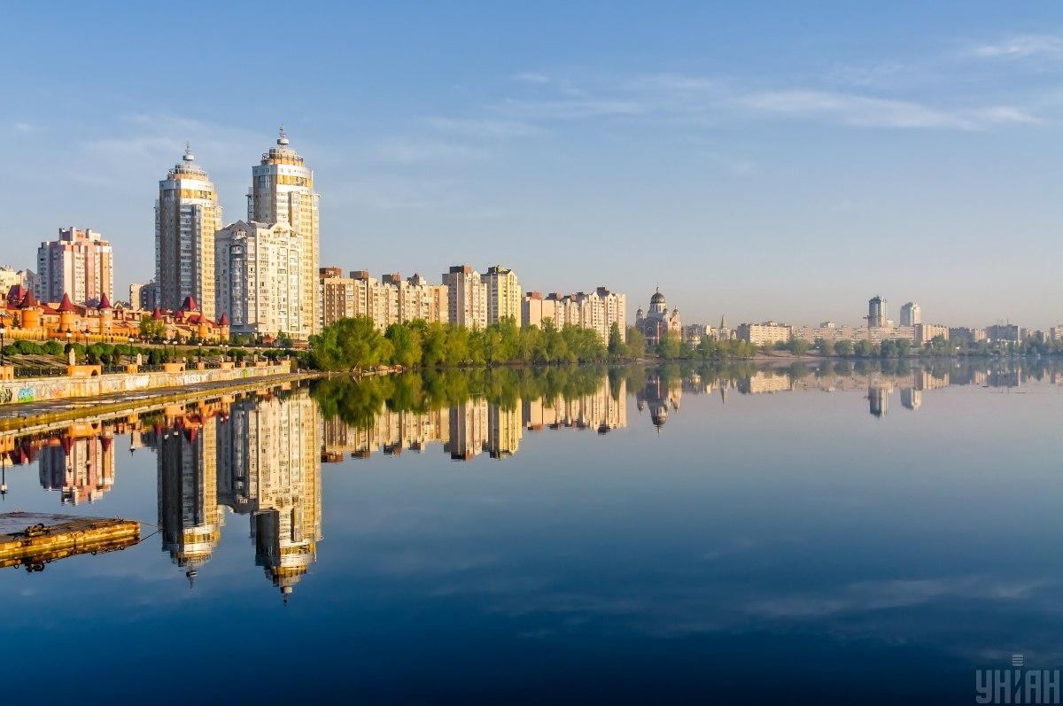 Погода в Києві буде спекотною / фото УНІАН