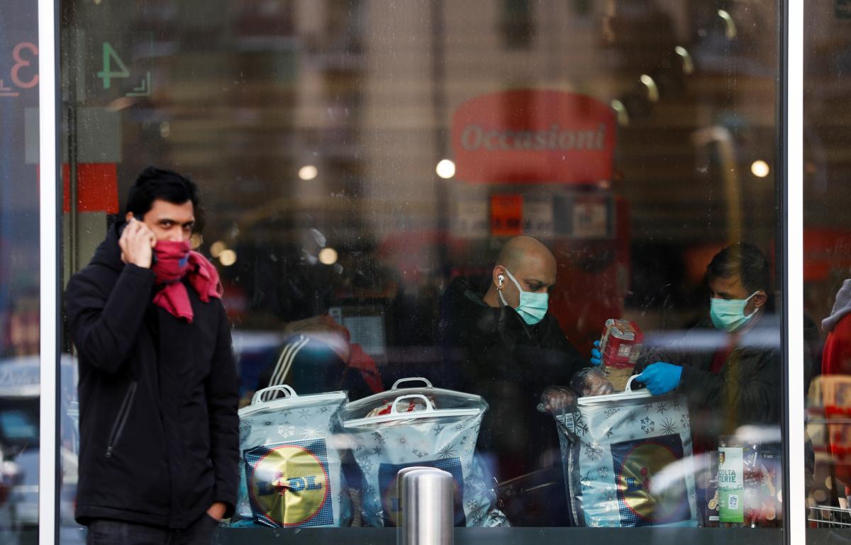 Ситуация с правами человека ухудшилась из-за пандемии / фото REUTERS