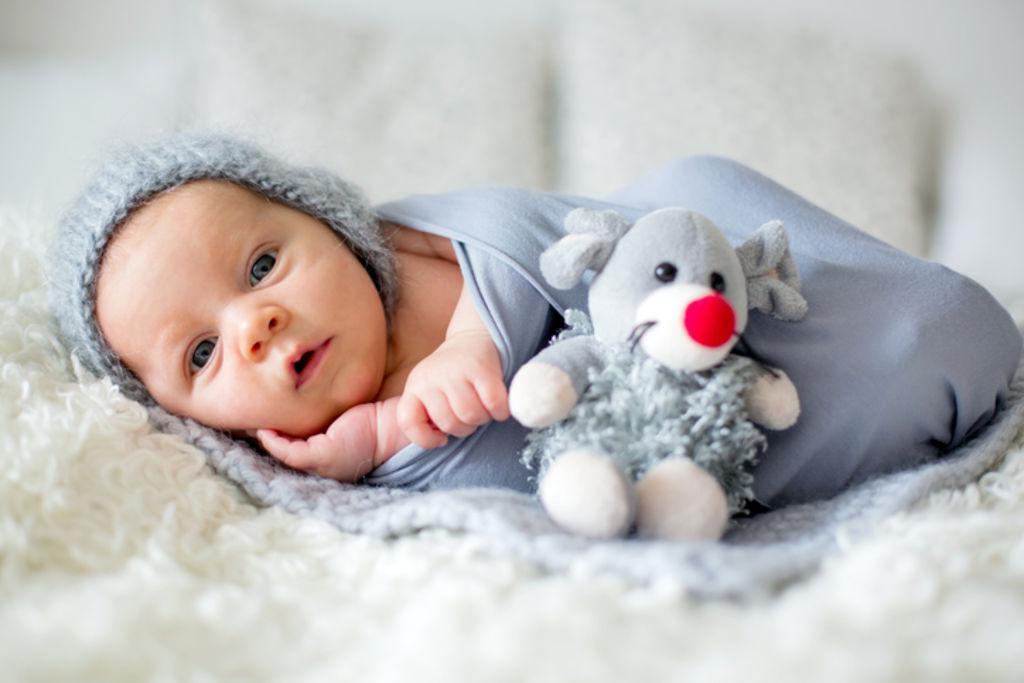 Мужские и женские имена для детей, рожденных в апреле / pureactu.com