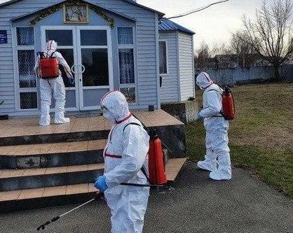 Провели дезинфекцию помещений, которые посещала умершая от коронавируса / Фото: zhitomir.info