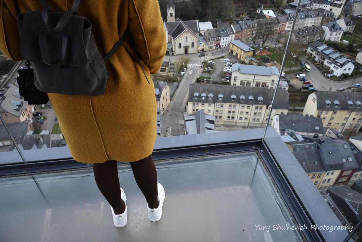 Прозорим ліфтом можна спуститися до Нижнього міста/ фото Yury Shulhevich