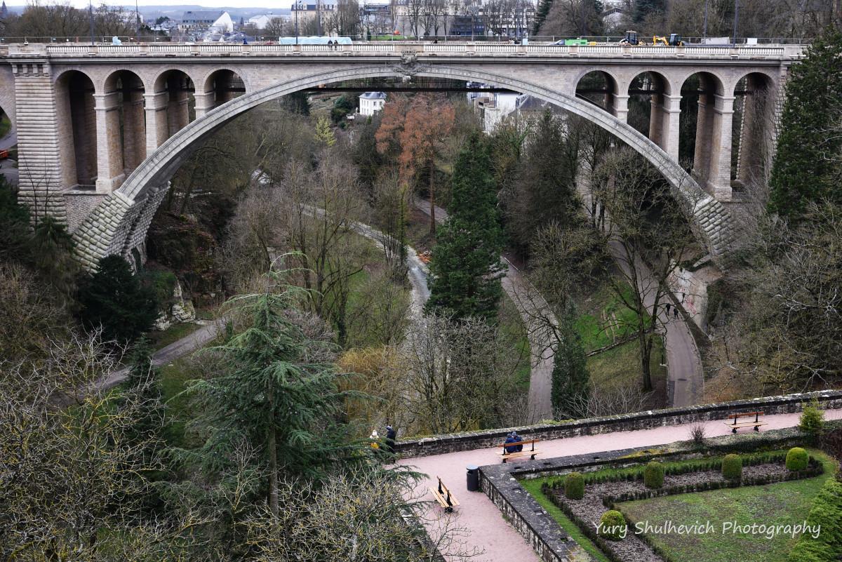 Міст Адольфа у Люксембурзі/ фото Yury Shulhevich