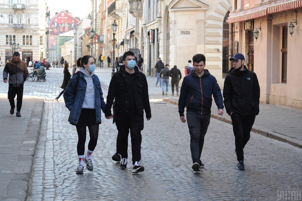На Львовщине в двух людей уже обнаружили коронавирус / Фото: УНИАН