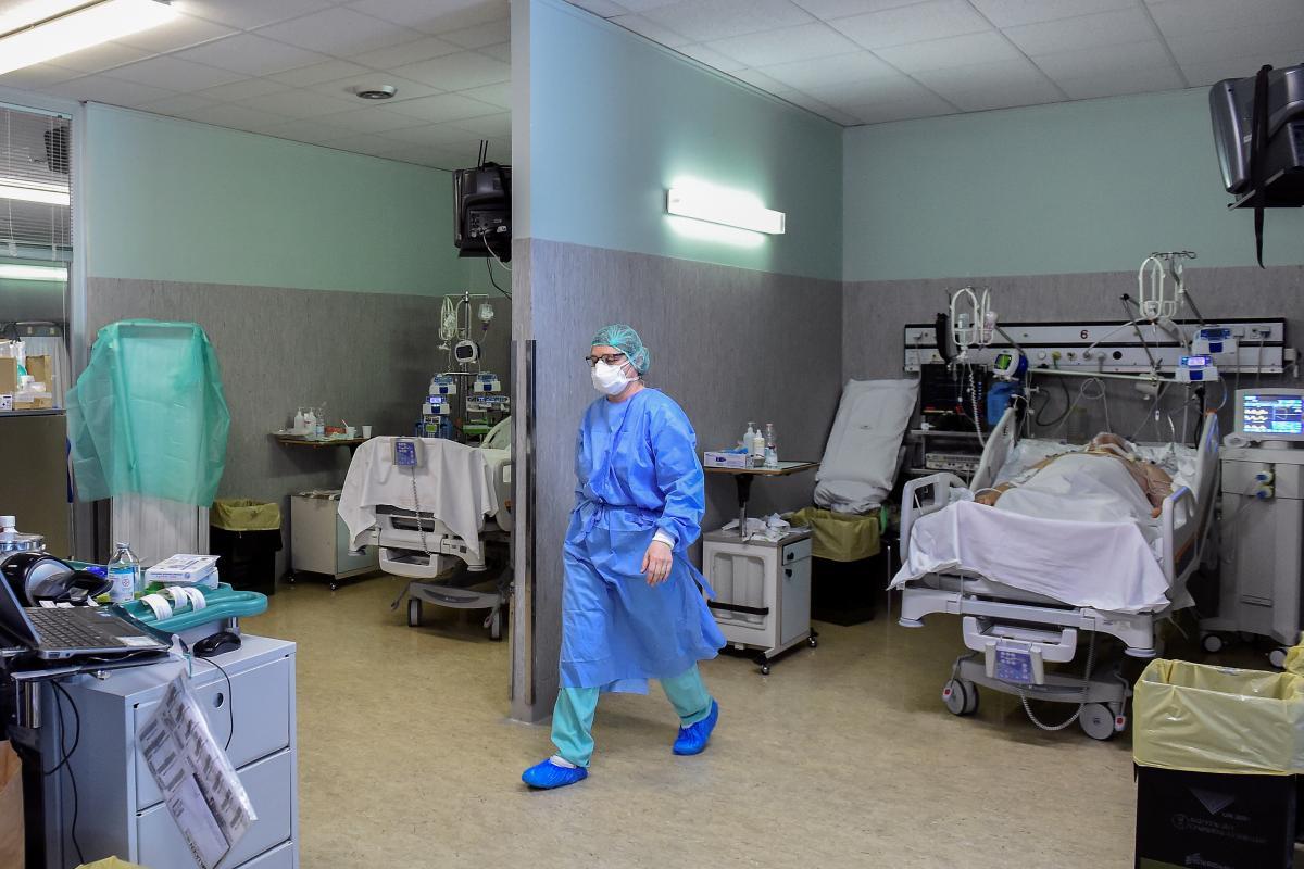 Человек, у которого выявили новый коронавирус, прибыл из Британии \ фото REUTERS