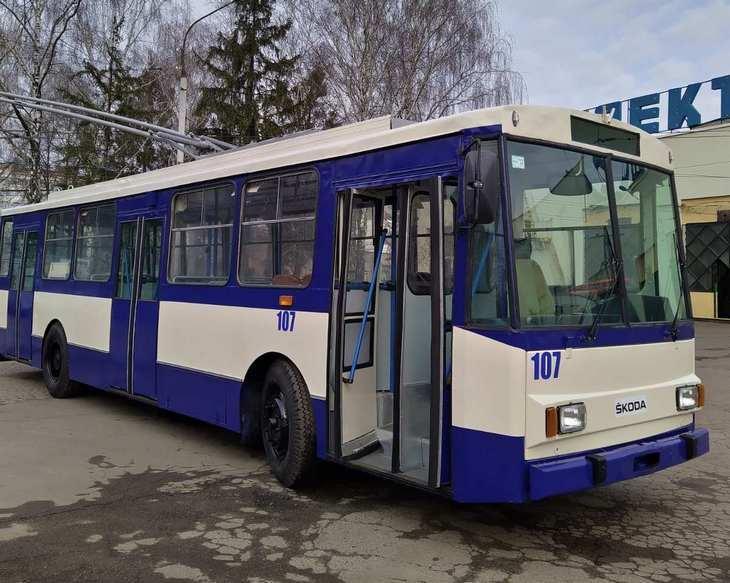 Громадський транспорт не курсуватиме з четверга / фото troleybusrivne.pp.ua