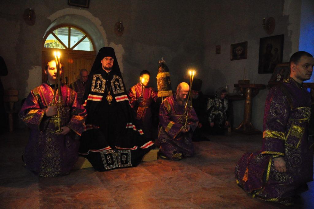 Епископ Флавиан (в центре) / Фото: Череповецкая епархия