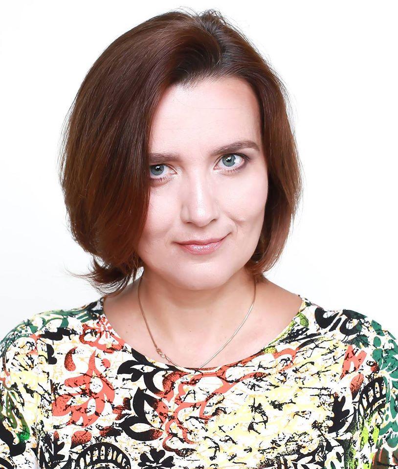 Психолог призывает быть осторожными не только с входящей информацией, но и с исходящей / фото facebook Екатерина Гольцберг