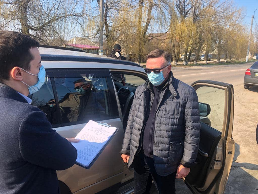 Kozhara pending delivery to the courtroom / Photo from Anton Gerashchenko's Facebook page