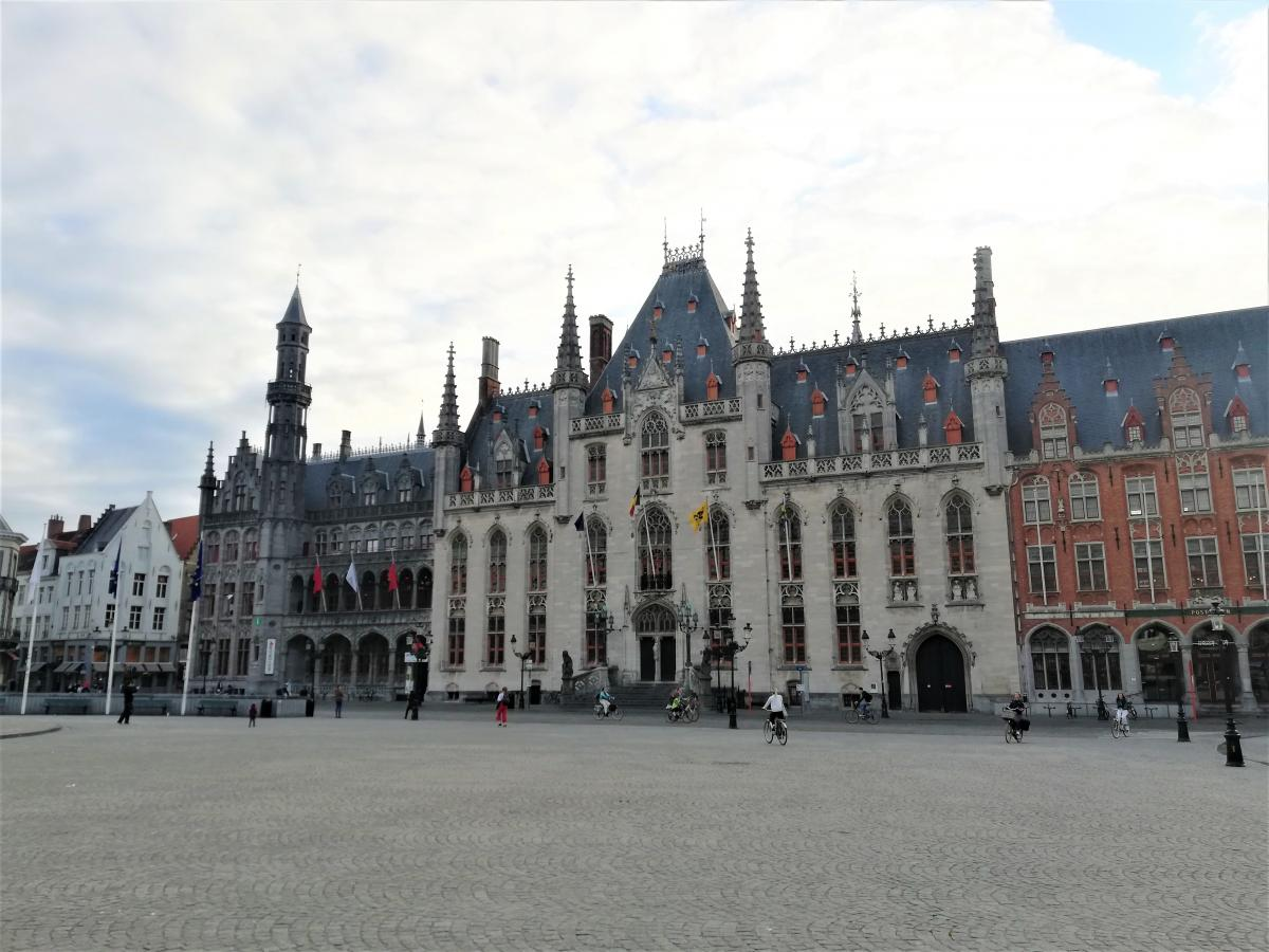 Исторический музей и Верховный суд в Брюгге / Фото Марина Григоренко