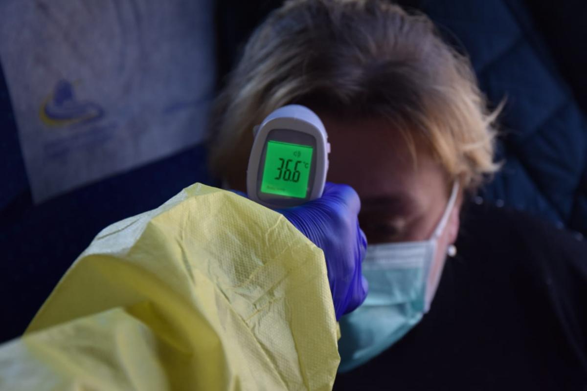 У всіх перевірили температуру / фото ДПСУ