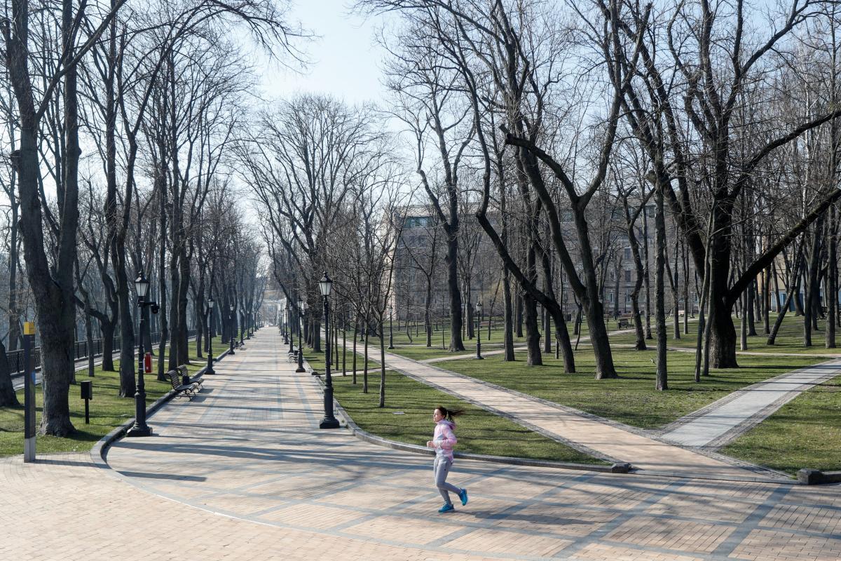 Как минимум до 24 апреля в Украине жесткий карантин из-за коронавируса / Фото REUTERS