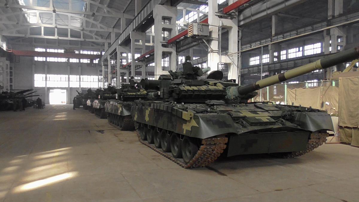 Украинским военным передали 13 единиц модернизированной техники / Фото: Укроборонпром
