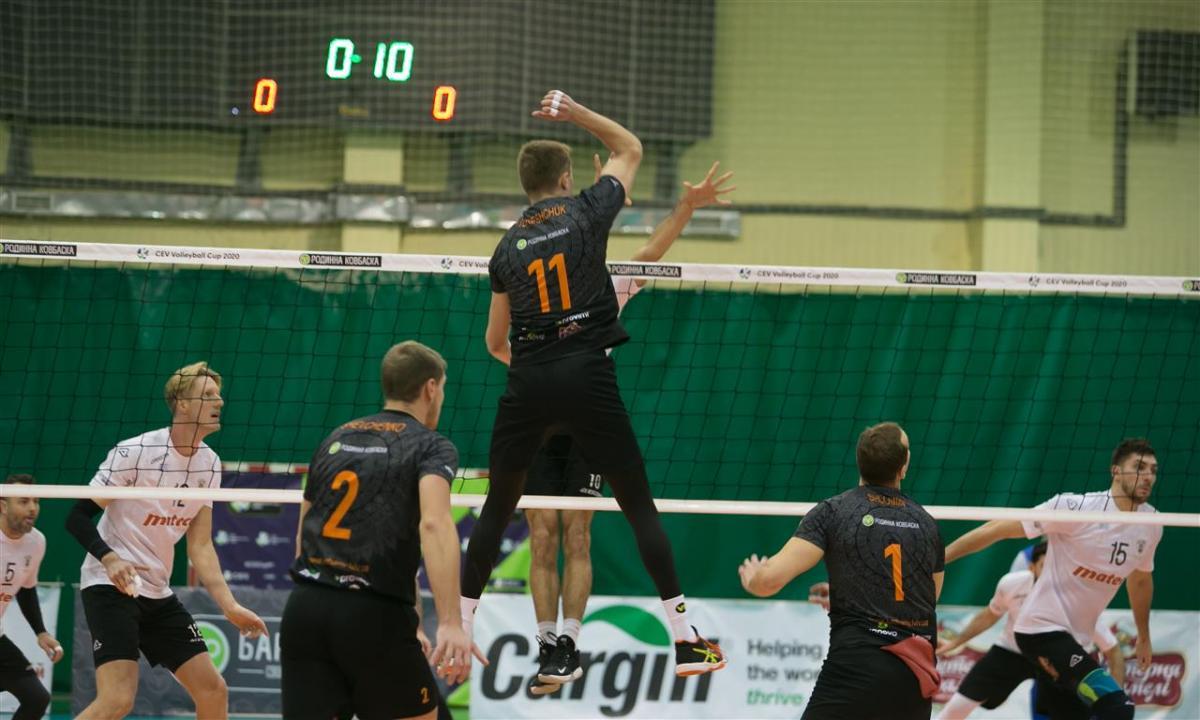 Чемпионов в этом сезоне не будет / фото: kazhany.lviv.ua